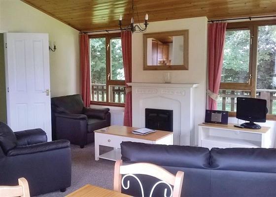 Pentney Kingfisher Lodge at Pentney Park, Kings Lynn