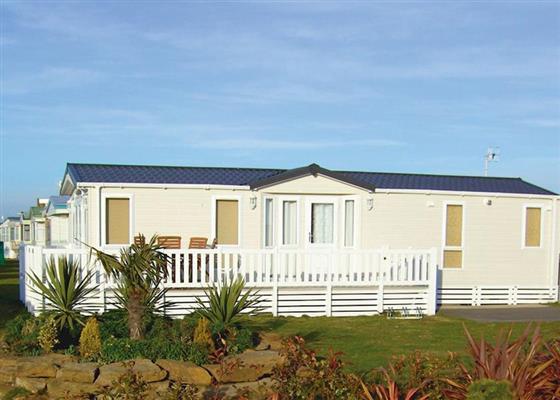 Platinum 6 Plus at Pevensey Bay Holiday Park, Pevensey