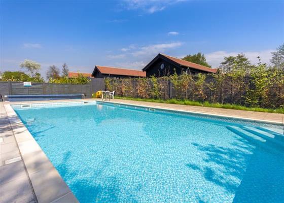 Premium Cottage 3 (hot tub & pet friendly) at The Lakes Rookley, Ventnor