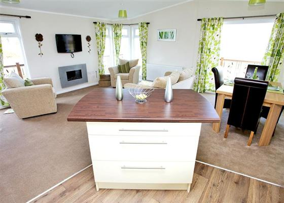 Primrose Lodge 8 at Meadow Lakes Holiday Park, St Austell