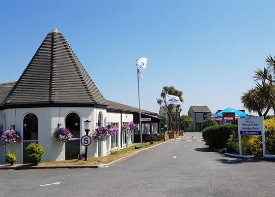 PV 3 Bed Bronze House (Pet) at Perran View Holiday Park, Saint Agnes