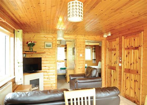 Red Kite VIP at Heronstone Lodges, Swansea