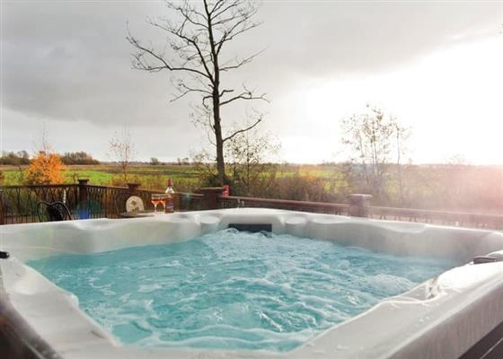 Retreat Spa 2 Plus at Waveney River Centre, Beccles