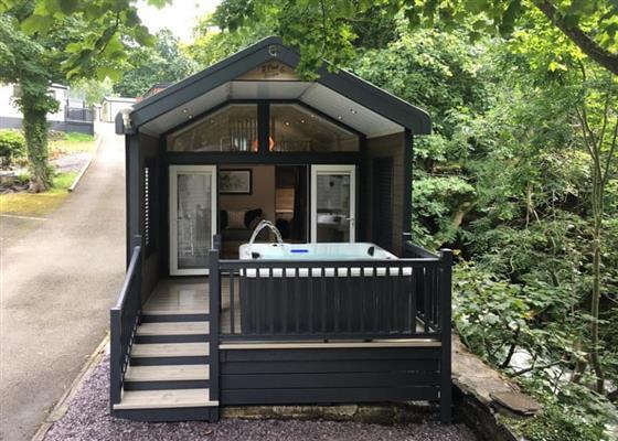 Riverside Family Pod HT at Ogwen Bank Caravan & Lodge Park, Bangor