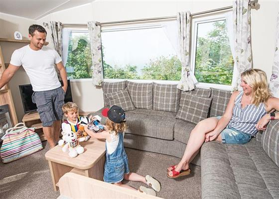 SA 3 Bed Platinum Caravan at Sandaway Beach Holiday Park, Ilfracombe