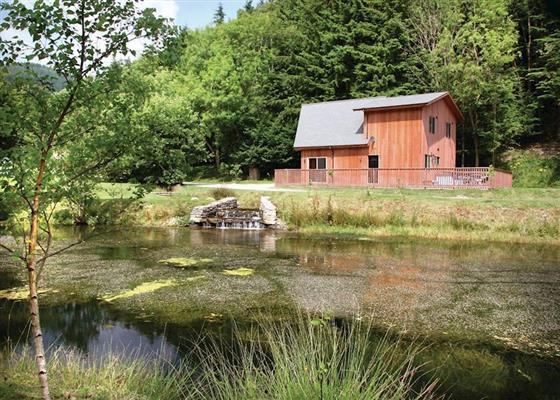 Saltspring Lodge VIP at Penvale Lake Lodges, Llangollen
