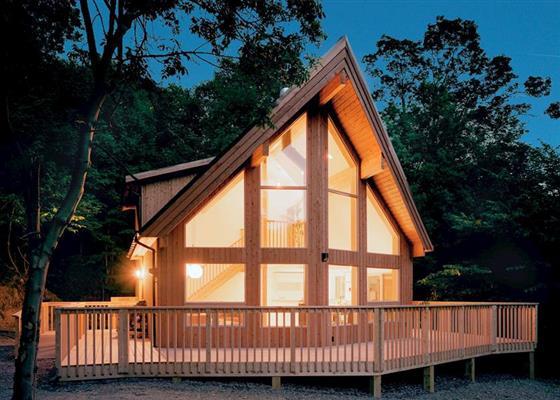 Saltspring Lodge VIP at Penvale Lakes Lodges, Llangollen