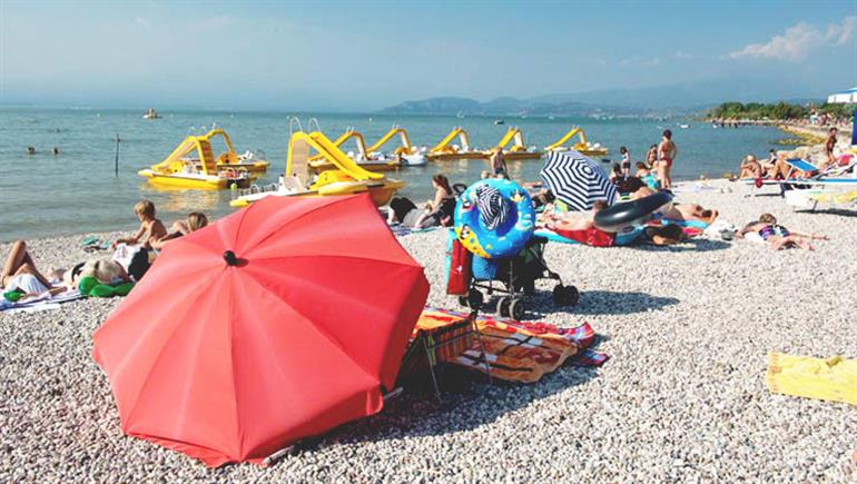Setting of Camping Del Garda Campsite in Peschiera, Lake Garda - Italy