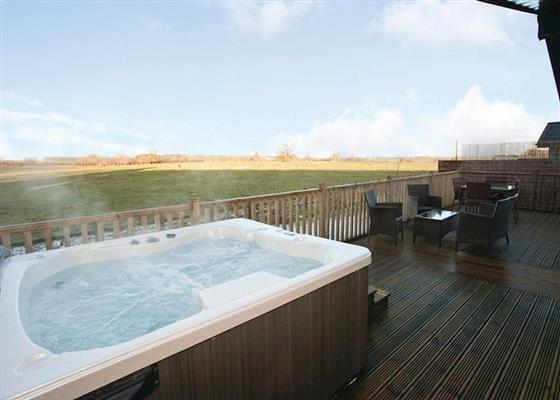 Spa Castaway at Raywell Hall Country Lodges, Cottingham