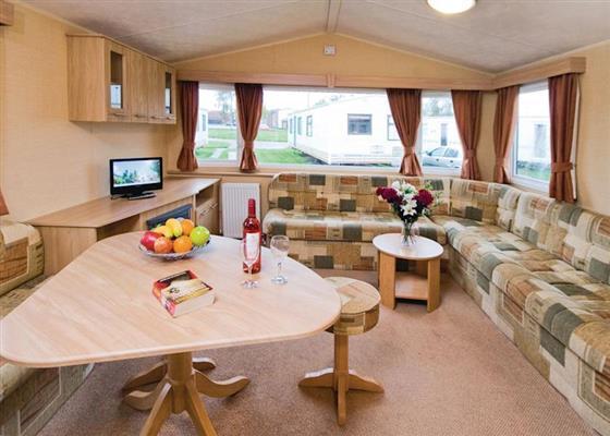 Summerfields Silver Plus 3 Caravan sleeps 8 at Summerfields, Great Yarmouth