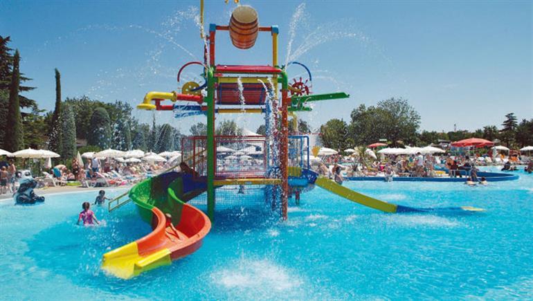 Swimming pool at Bella Italia Campsite, Peschiera Lake Garda