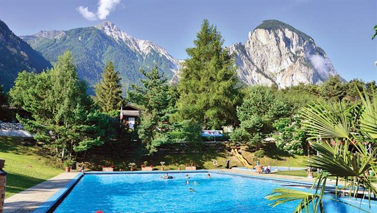 Swimming pool at Bella Tola Campsite, Susten