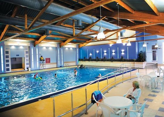 Hoburne naish new milton hampshire self catering - Holiday lodges with swimming pools ...