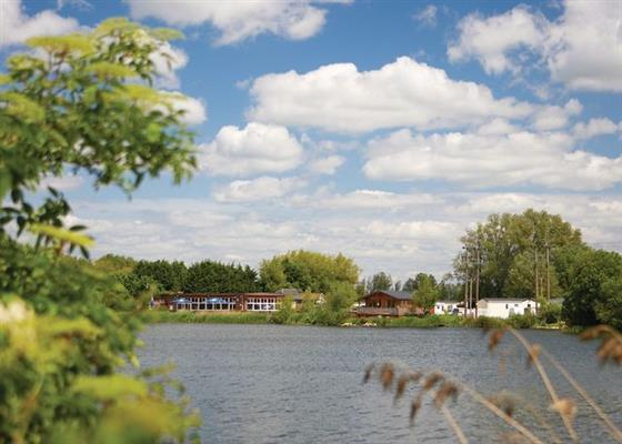 The setting of Chichester Lakeside Holiday Park