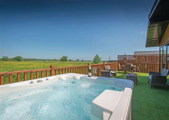 Twilight Spa (Pet) at Raywell Hall Country Lodges, Cottingham