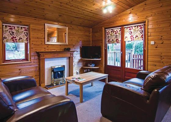 White Cross Bronze 3 Lodge sleeps 6