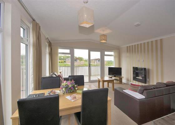 Willow Lodge VIP at Woodland Lakes Lodges, Thirsk