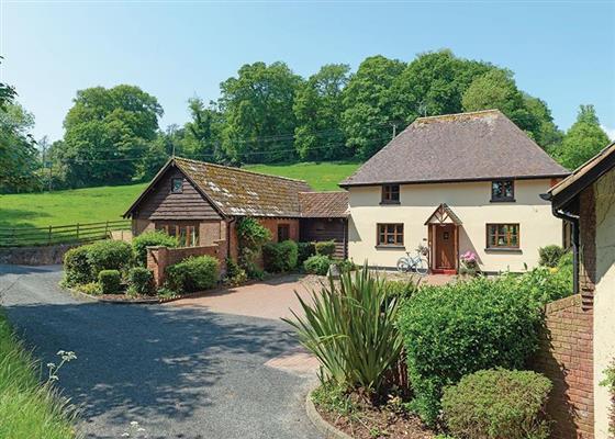 Woodside Cottage at Eastdon Estate, Exeter